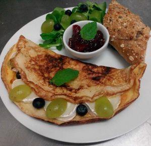 omlet-z-kozim-serem