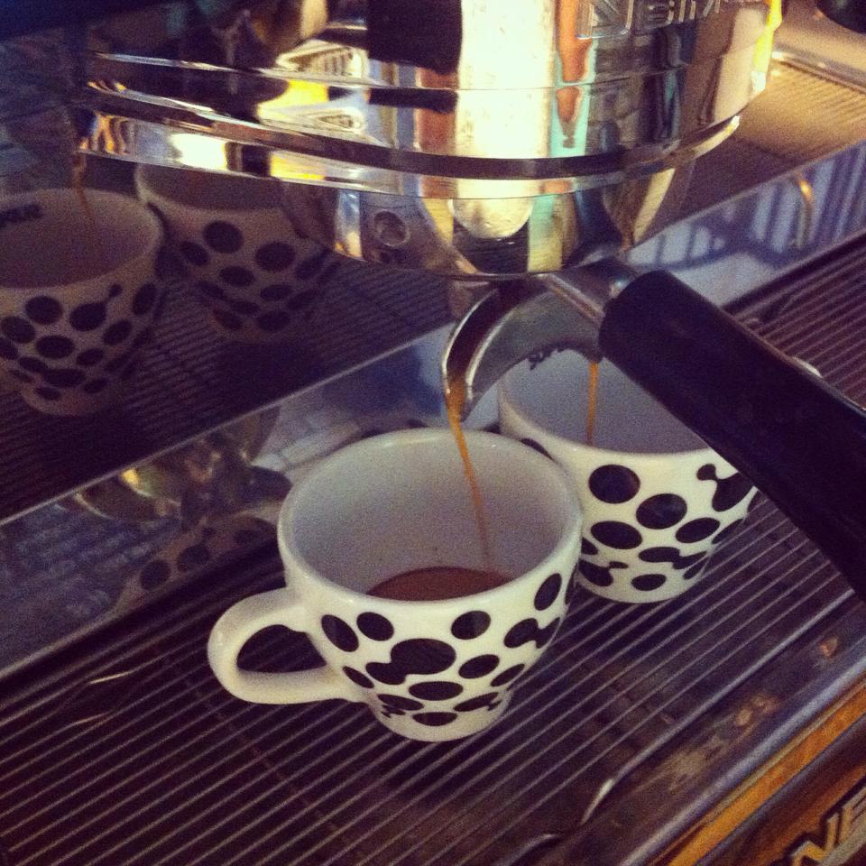 Czym byłby Paryż bez kawy ikawiarni?